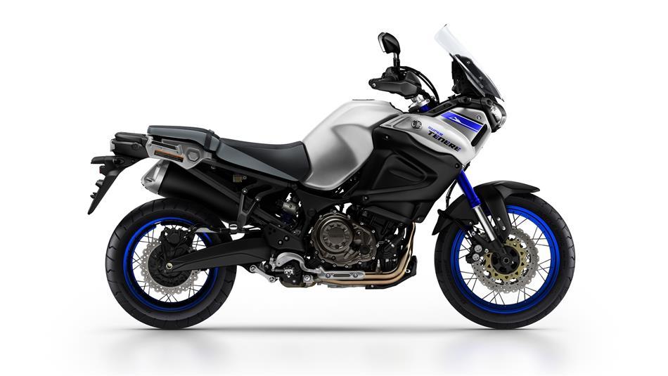 2015-Yamaha-XT1200Z-Super-Tenere-EU-Race-Blu-Studio-002