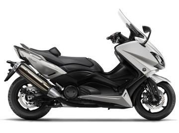 2016-Yamaha-T-MAX-ABS-EU-Blazing-Grey-Studio-002