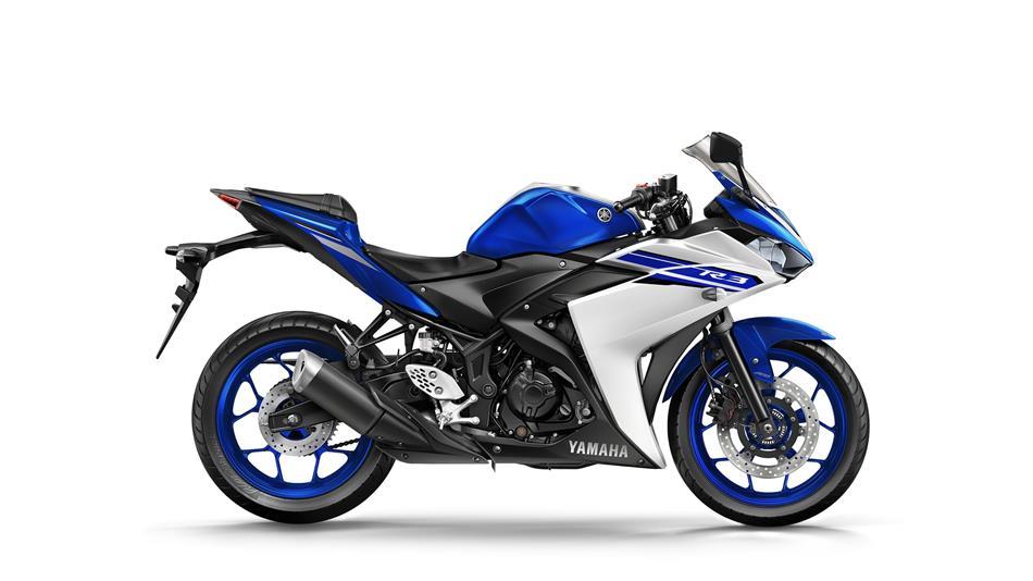 2016-Yamaha-YZF-R320-EU-Race-Blu-Studio-002