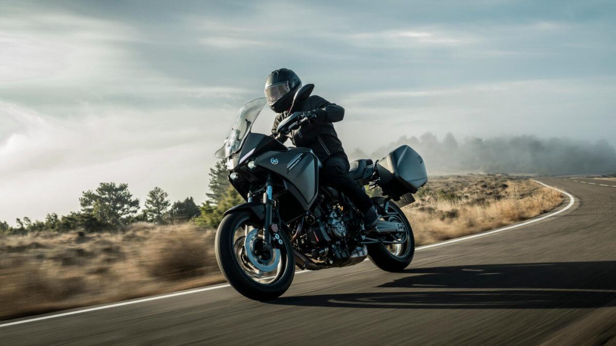 2021-Yamaha-MT07TRGT-EU-Tech_Kamo-Action-004-03