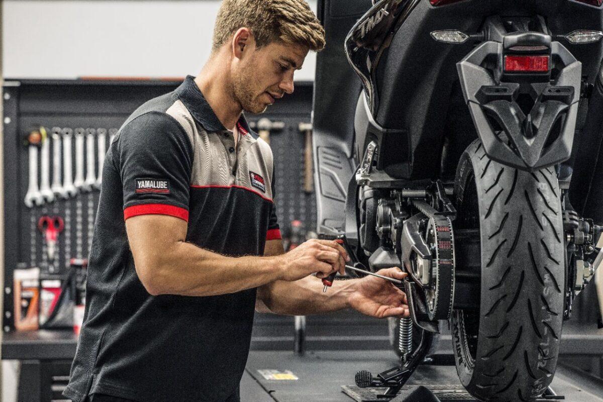 Ante cualquier fallo o desgaste, se deben cambiar los neumáticos de la moto